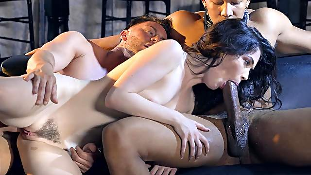 Strong inches in DP interracial for a curvy brunette