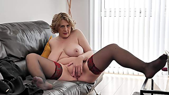Home solo by a fat ass mature with saggy tits