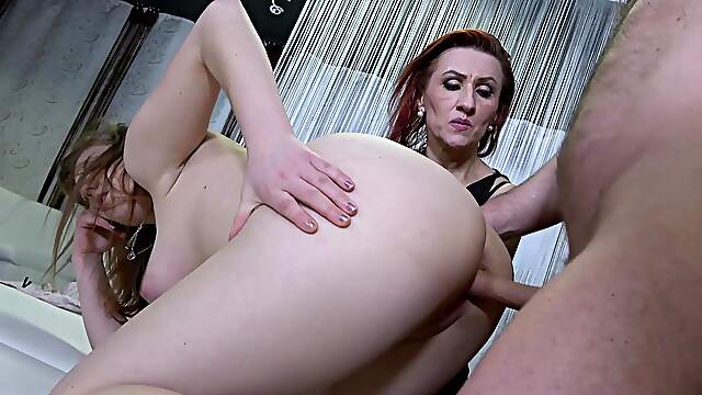 FFM threesome in the bedroom with horny grannies wearing stockings